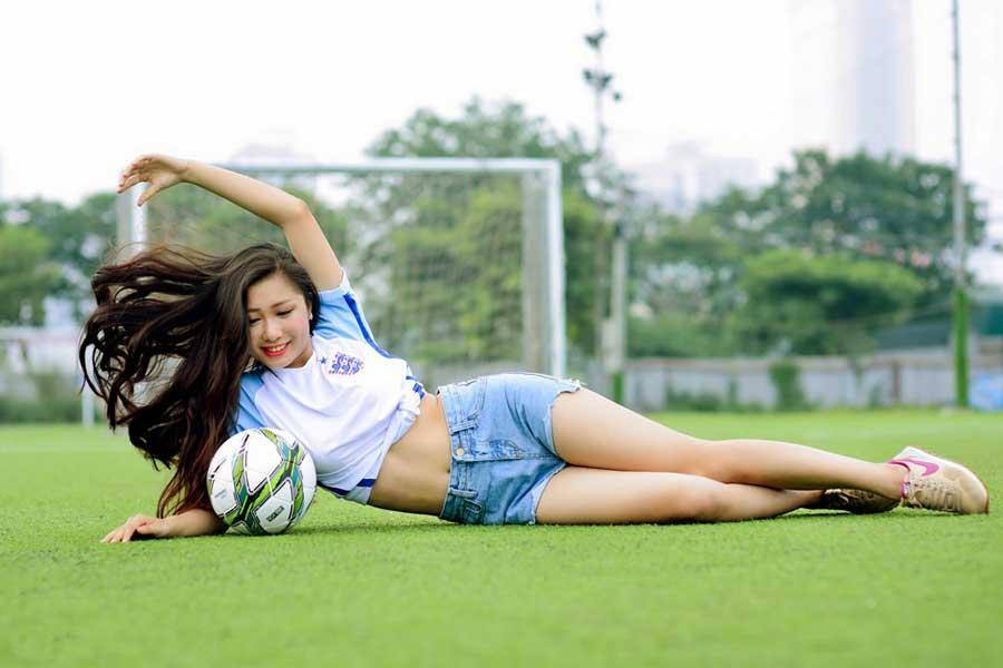 Bermain Aman dan Nyaman di Situs Judi Bola Terpercaya